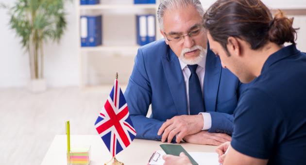 Помощь миграционного юриста при иммиграции в Англию
